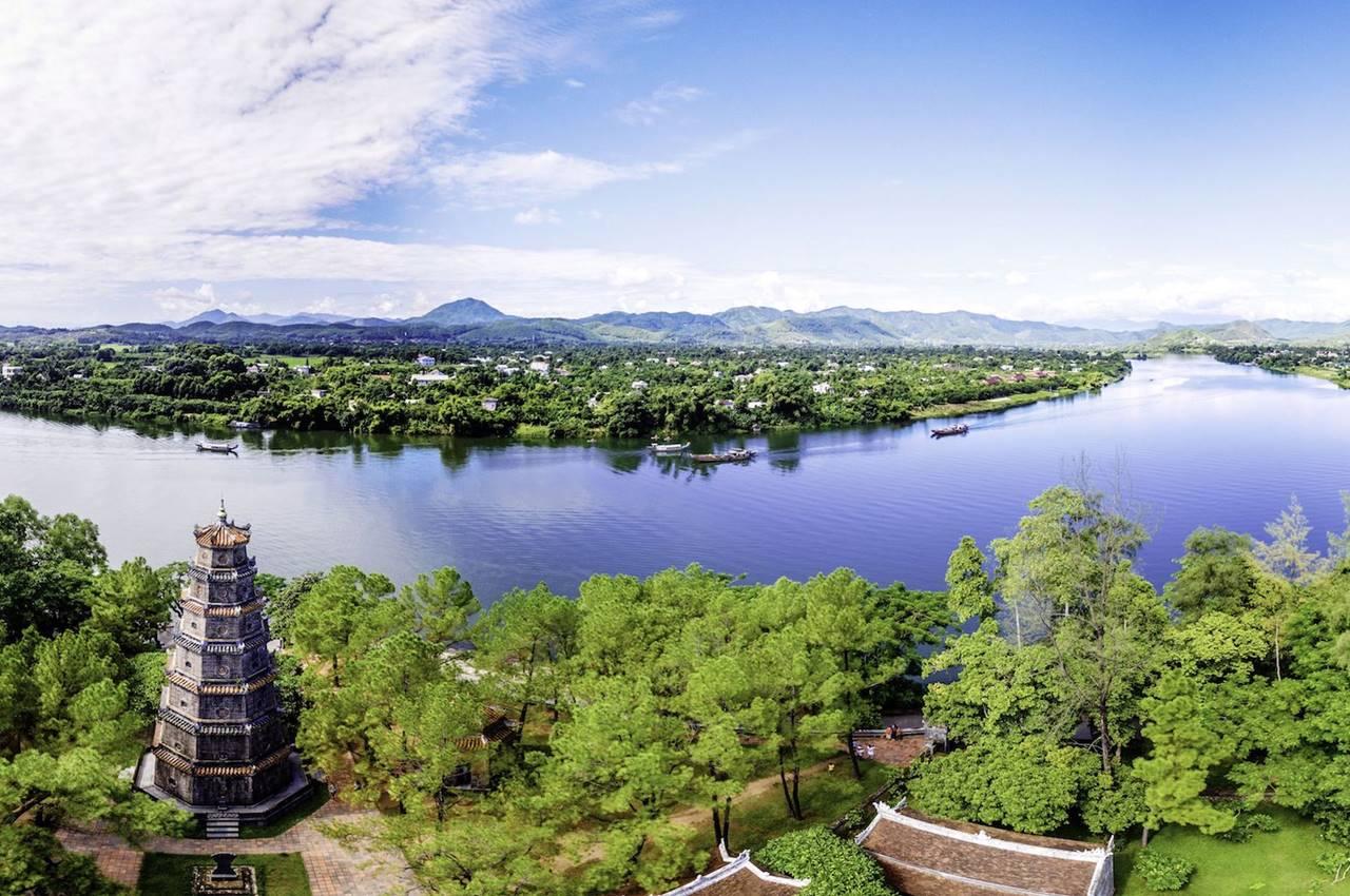 hue city tour from hoi an/da nang